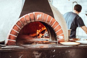 wood fired pizza oven temperature